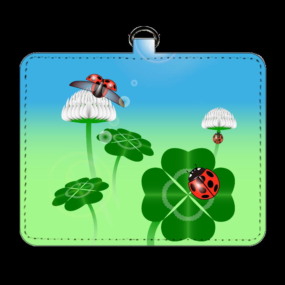 テントウムシと四つ葉のクローバー パスケース