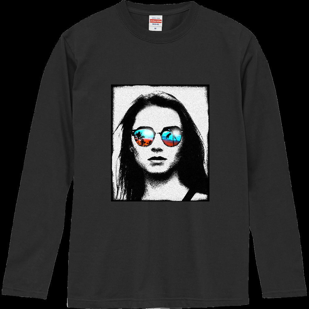 サンセットを見つめる女 ロングスリーブTシャツ