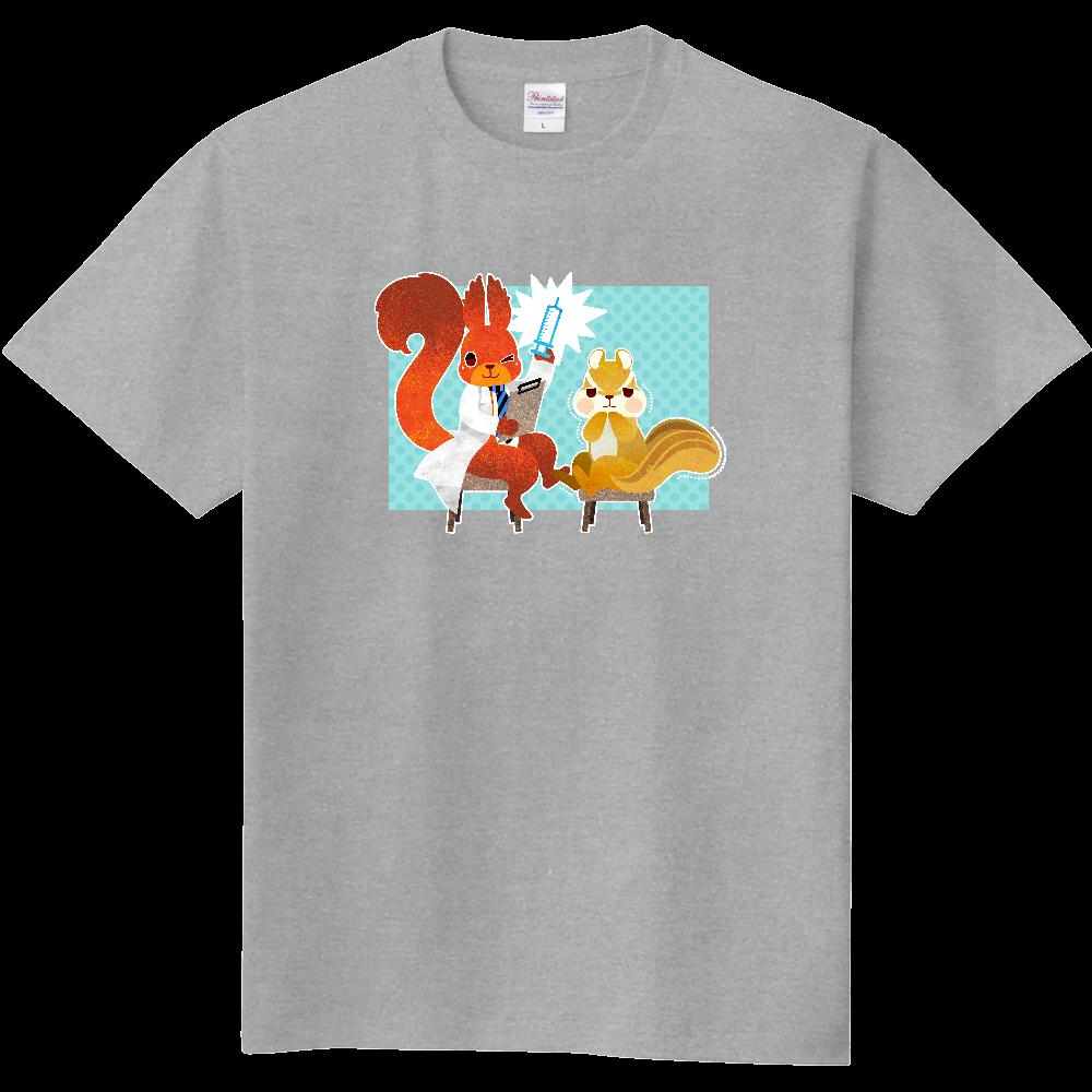 注射が怖いリスさんのTシャツ 定番Tシャツ