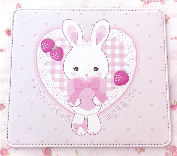 Heartful Rabbit マウスパッド マウスパッド