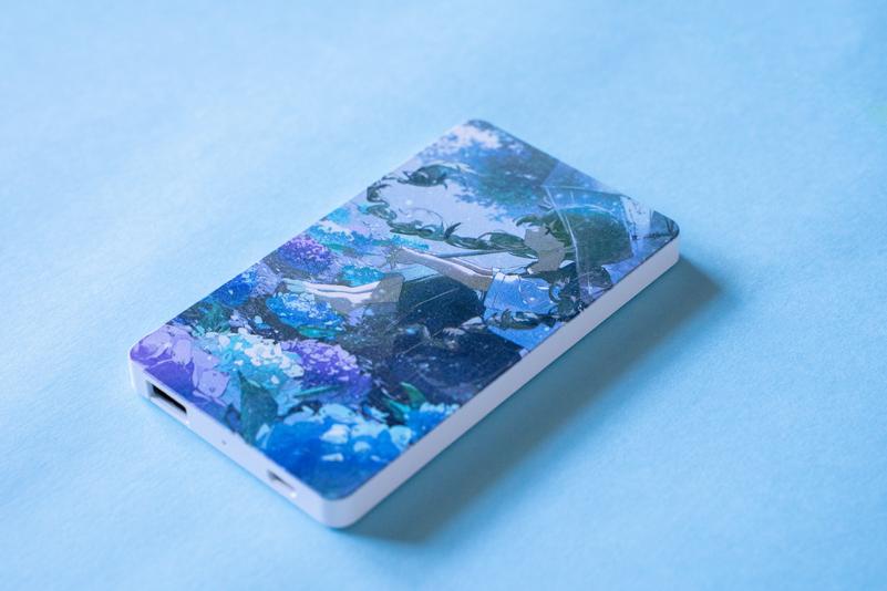 【9/12(日)まで限定発売】    紫陽花の季節 モバイルバッテリー インジケータ無バッテリー4000mAh